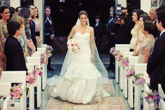 Entrada da noiva sozinha 1